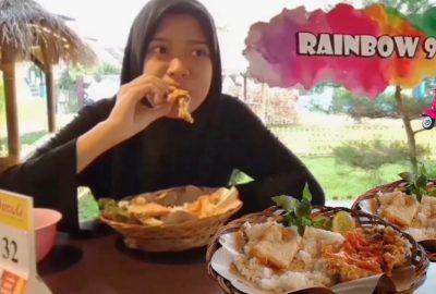 Berbagai Macam Menu Nusantara di Saung Rainbow 99